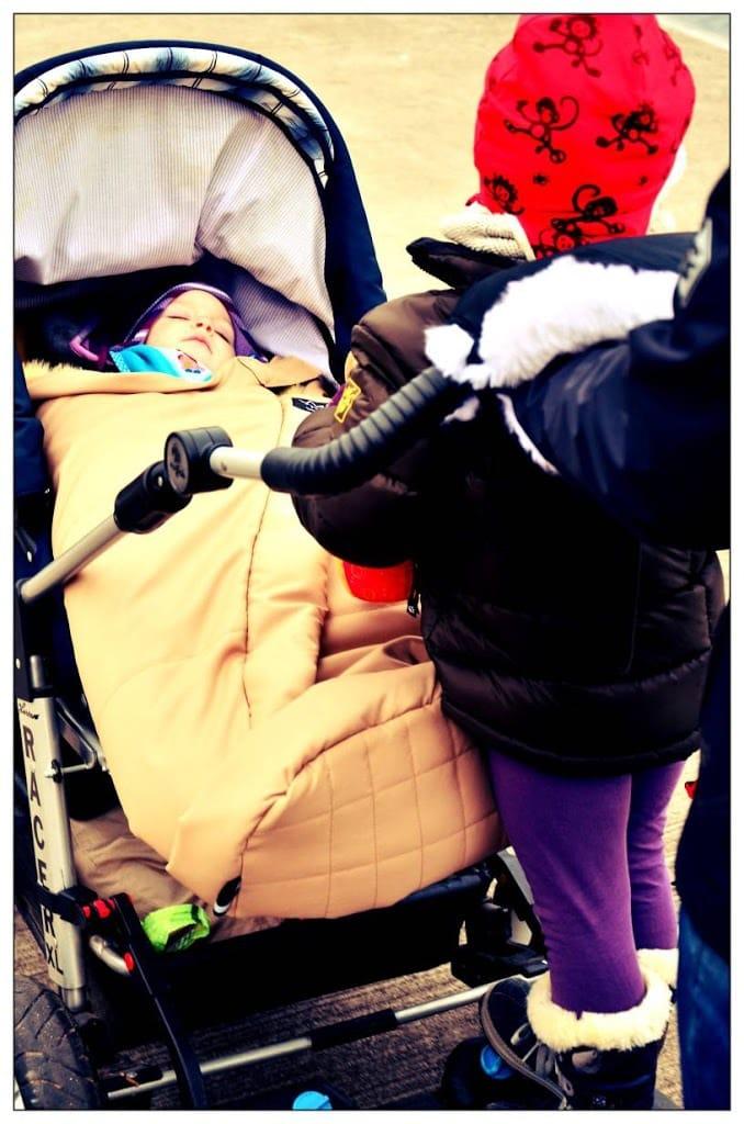 eingehuellt  lammfell deko schoenes mehr baby kind