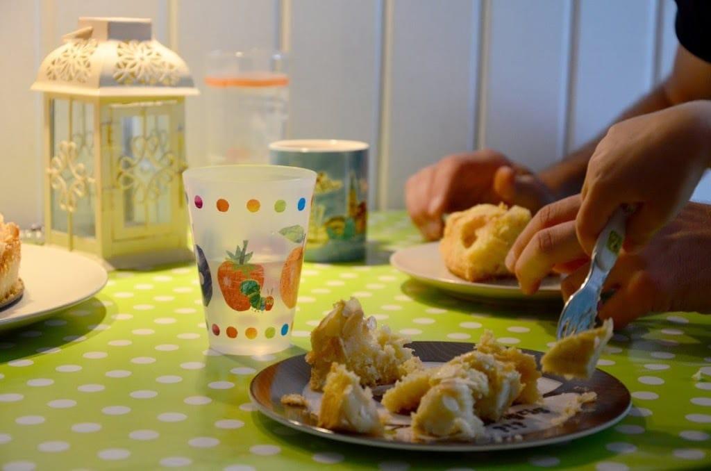 apfelkuchen rezept rezepte f r familien baby kind und meer. Black Bedroom Furniture Sets. Home Design Ideas