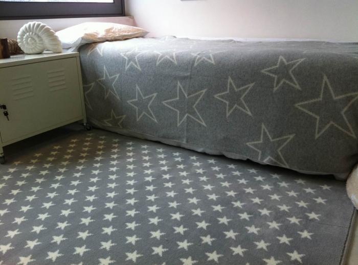 lorena canals teppich sterne baby kind und meer. Black Bedroom Furniture Sets. Home Design Ideas
