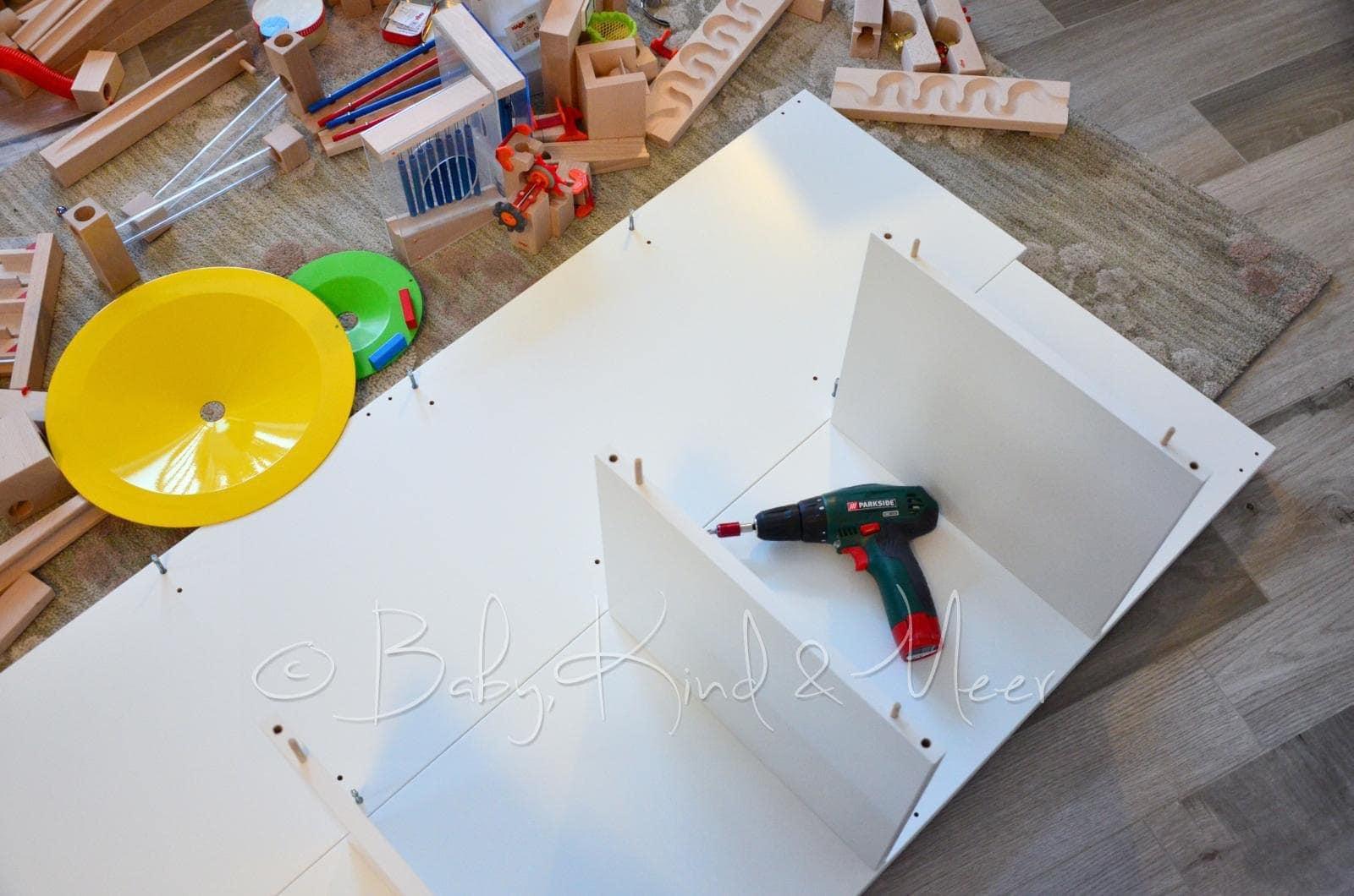 diy ein haba kugelbahn spieltisch spielzeug do it yourself baby kind und meer. Black Bedroom Furniture Sets. Home Design Ideas