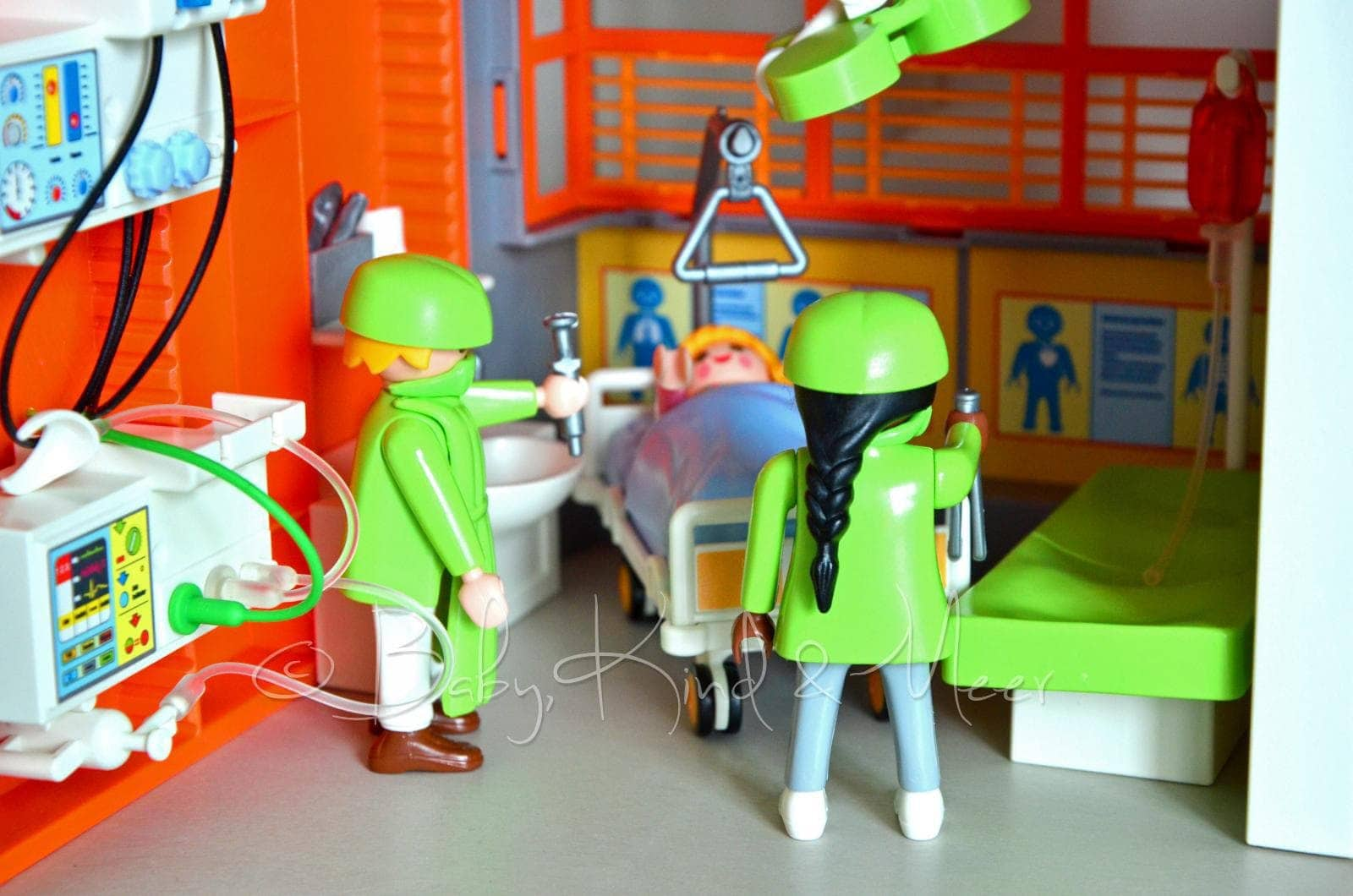 playmobil kinderklinik verlosung spielzeug baby. Black Bedroom Furniture Sets. Home Design Ideas