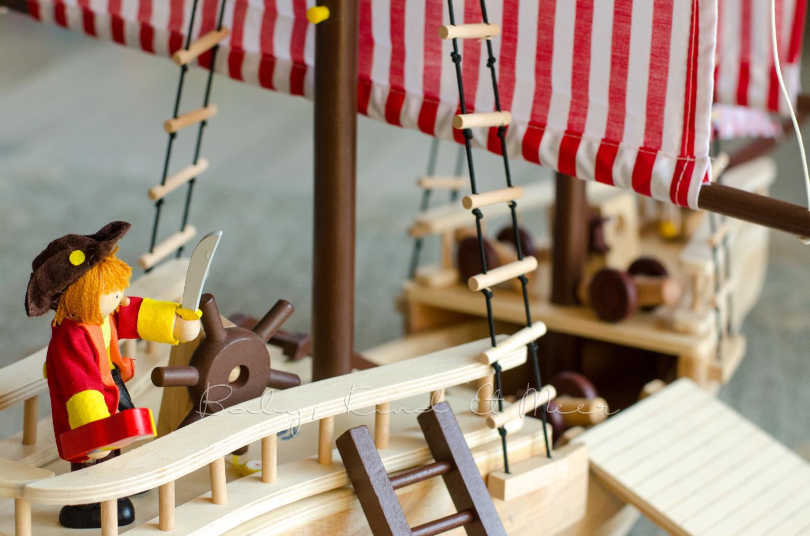 FÜr kleine kinderzimmer piraten   spielzeug   baby, kind und meer