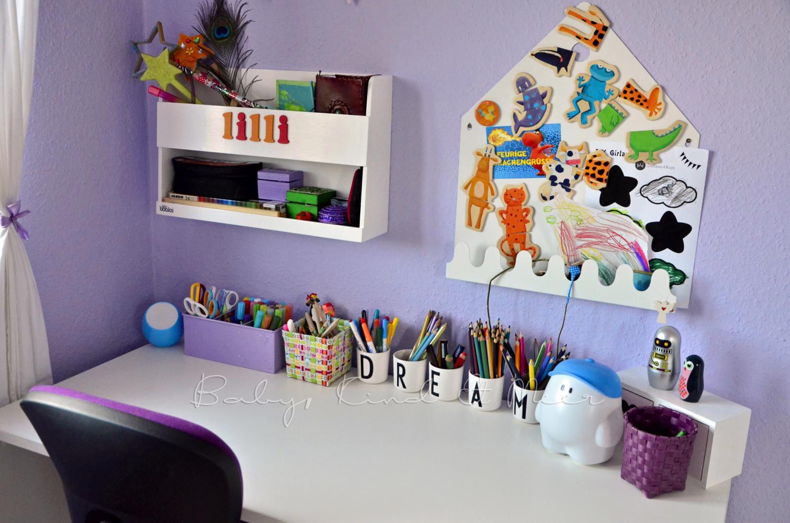 ein schreibtisch f r lotte kinderzimmer co baby kind und meer. Black Bedroom Furniture Sets. Home Design Ideas