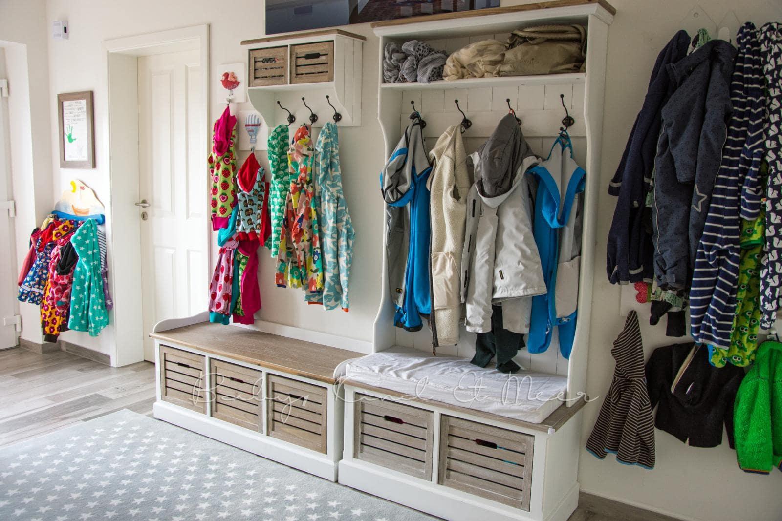 roomtour unser flur kinderzimmer co familie baby kind und meer. Black Bedroom Furniture Sets. Home Design Ideas