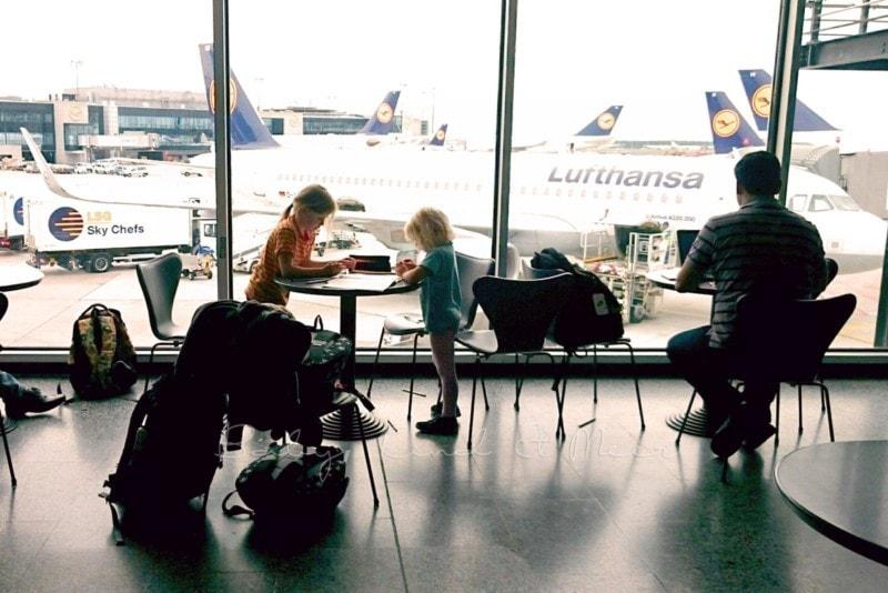 flugreisen-mit-kindern-5