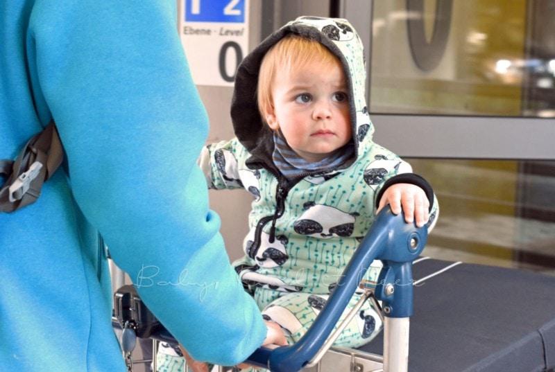 flugreisen-mit-kindern