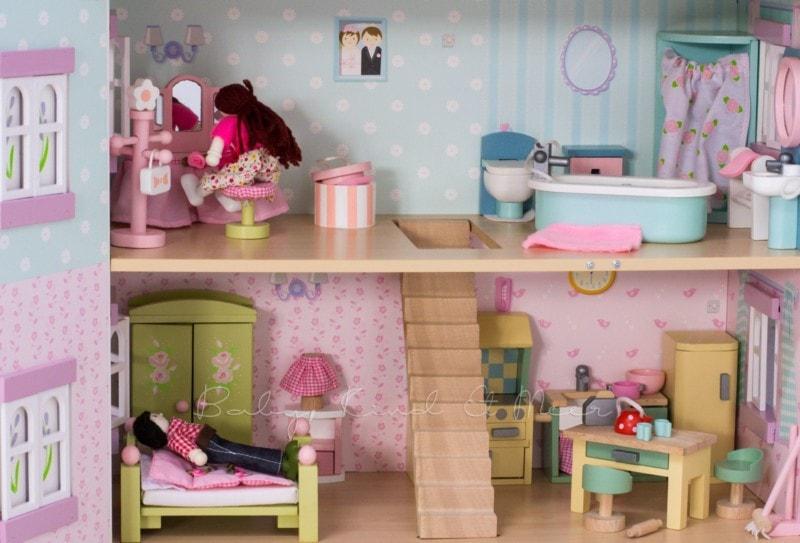 le-toy-van-puppenhaus-3