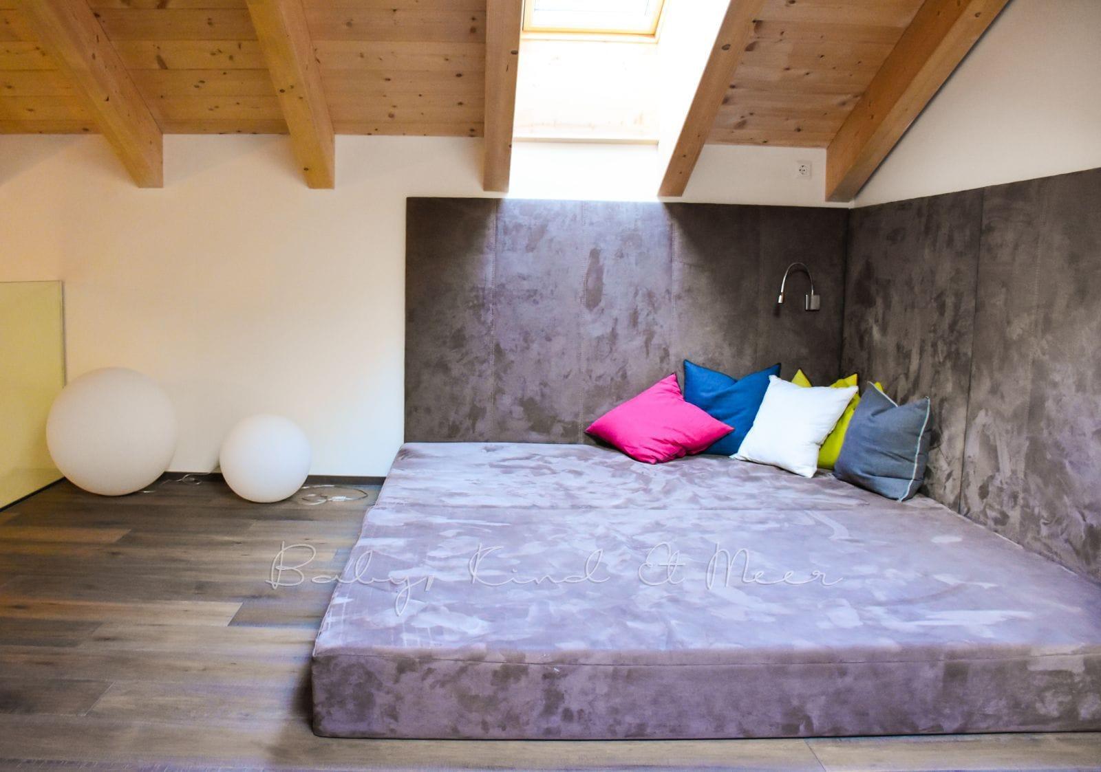 unser urlaub in den bergen familienurlaube flugreisen. Black Bedroom Furniture Sets. Home Design Ideas