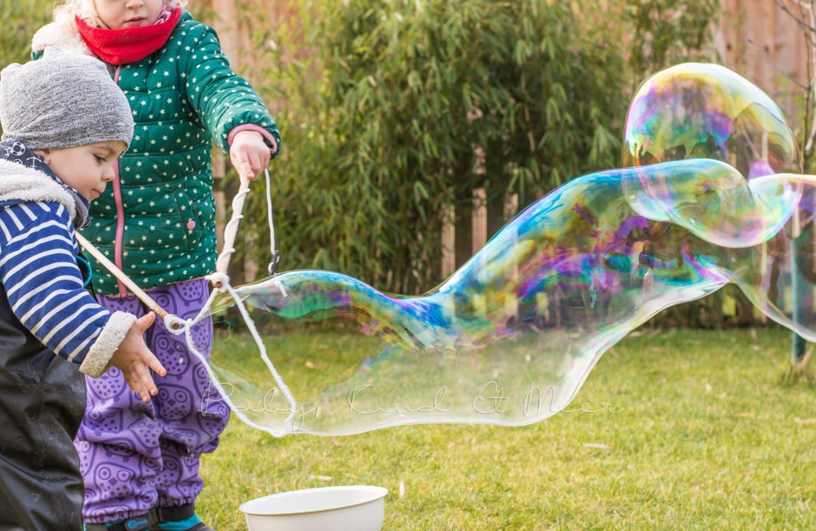 Riesen Seifenblasen Selber Machen Diy Inspirationen Baby Kind