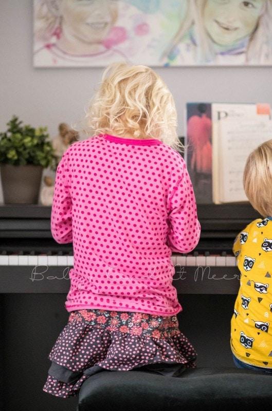 Lotte Und Tom Am Klavier
