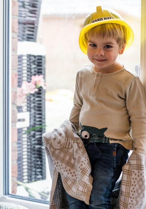Tom als Bauarbeiter