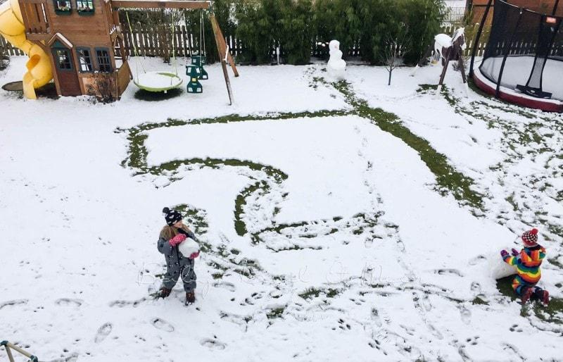 Schnee im Garten 6