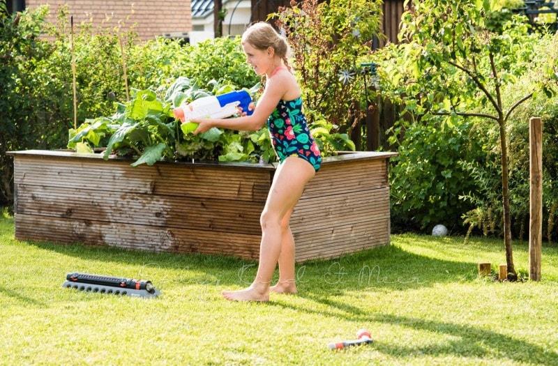 im Garten spielen 2