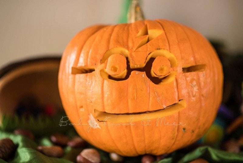 Halloween Kuerbisse schnitzen 4